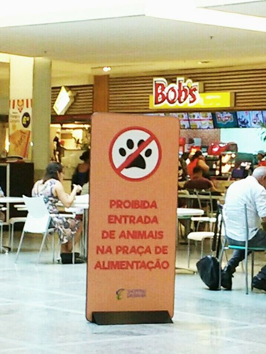 1052 Animais no Shopping